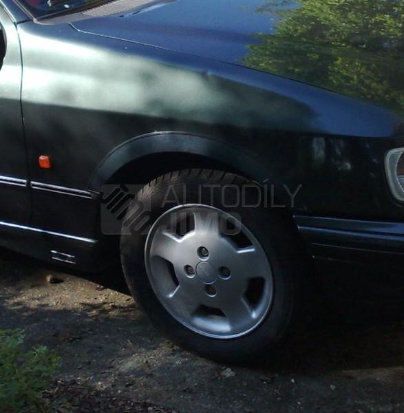 lemy blatníků Ford Sierra