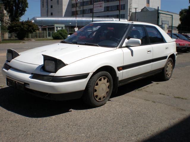 lemy blatniku Mazda 323 F