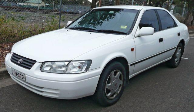 lemy blatniku Toyota Camry 1997-2000