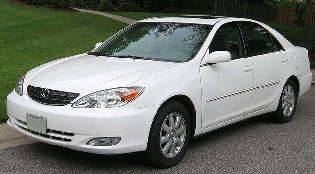 lemy blatniku Toyota Camry 2000-2005
