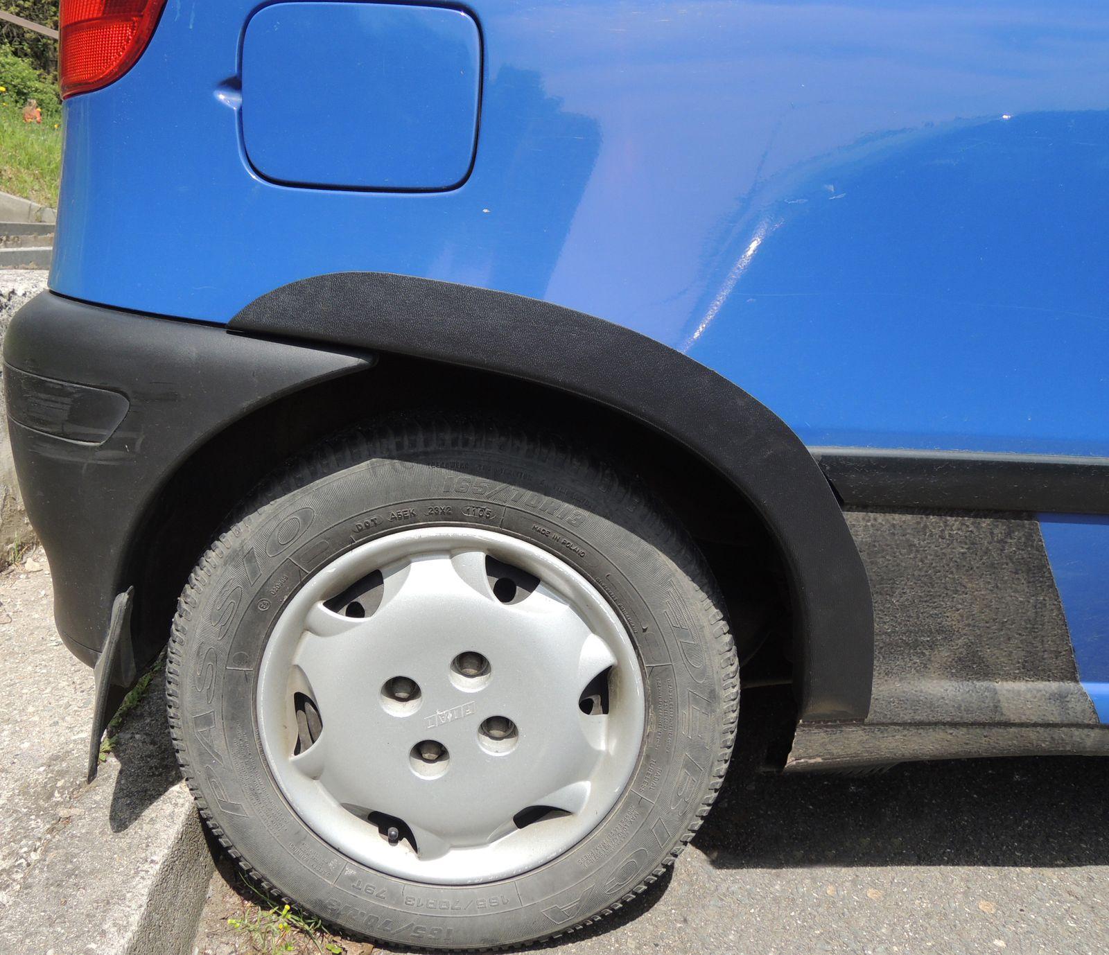 Plastové lemy blatníku Fiat Punto 1993-1999 3dv.hatchback