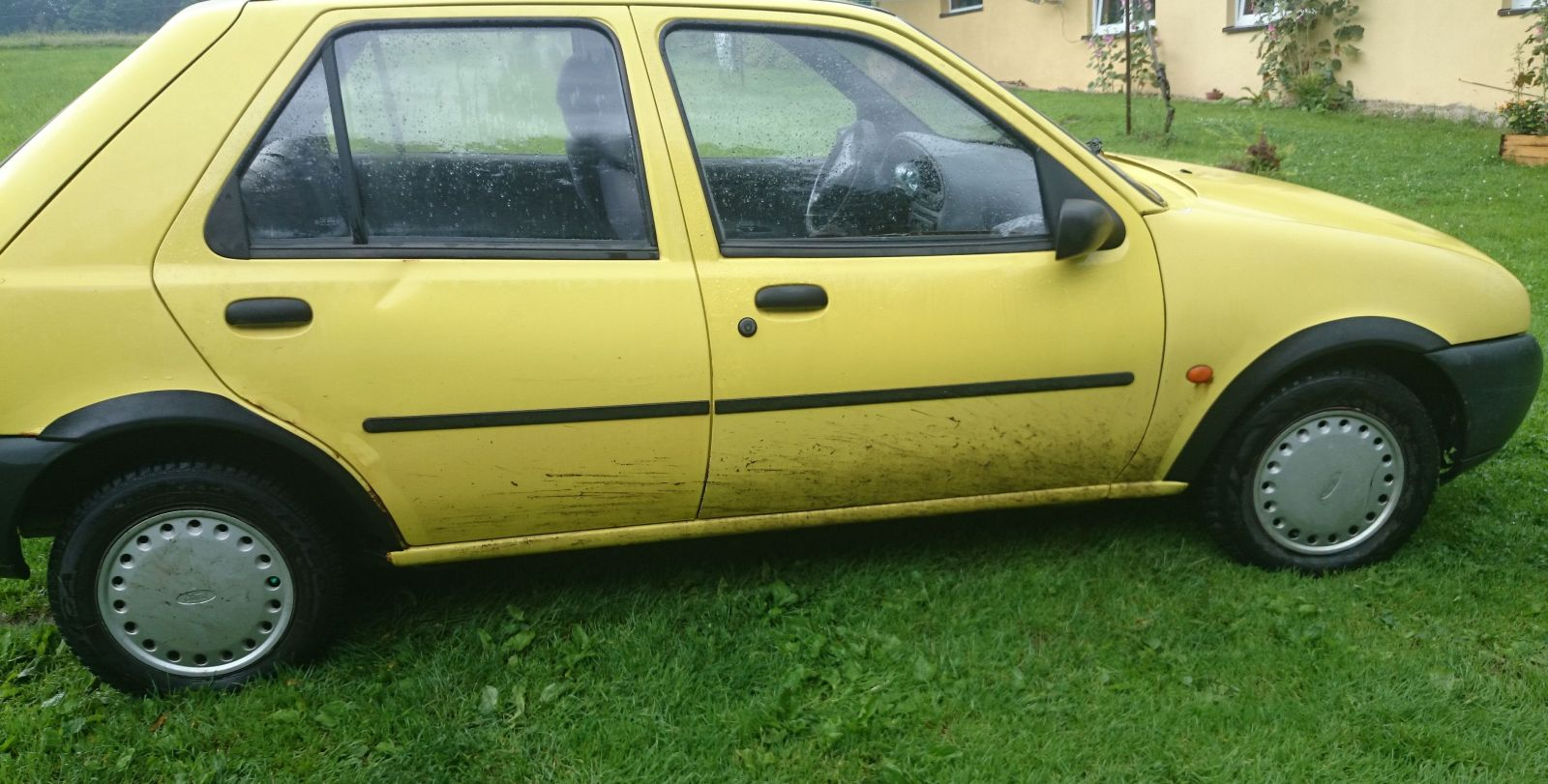 Plastové lemy blatníku Ford Fiesta, Mazda 121, 1996-2001 5dveřová