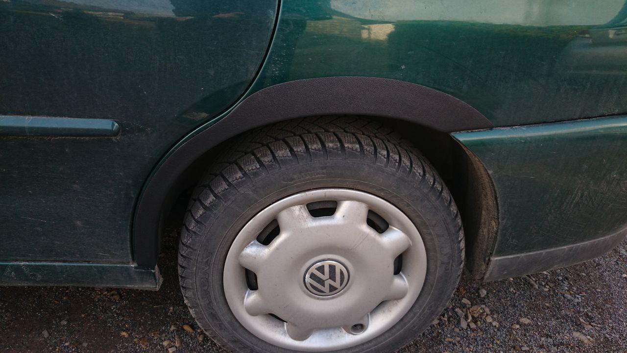 Plastové lemy blatníku VW Polo Classic sedan 1994-2001