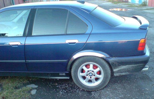 lemy blatníku BMW 3 E36